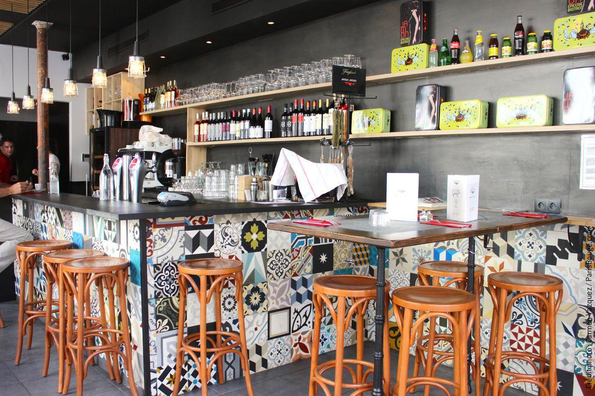 Jamon un restaurant aux airs hispaniques rue saint