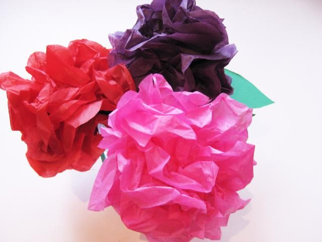 How to make tissue paper flowers in 10 easy steps tissue flowers flower tissue paper mightylinksfo Gallery