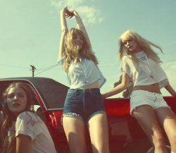 Girl party    #vintage #retro