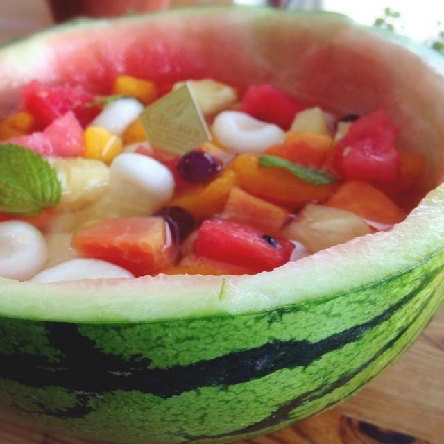夏定番の私の大好物のフルーツ白玉♡ - 16件のもぐもぐ - スイカ皿のフルーツ白玉 by らら
