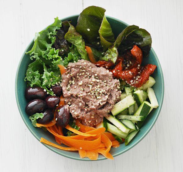 Syötävän hyvä: VIIDEN MINUUTIN LOUNASKULHOJA