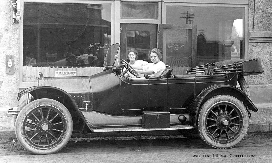 1913 Mitchell touring car Vintage cars, Touring, Automobile