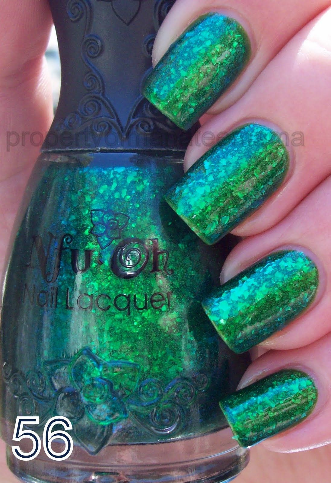 NfuOh 56. Emerald green jelly suspending teal/lime/kelly green ...