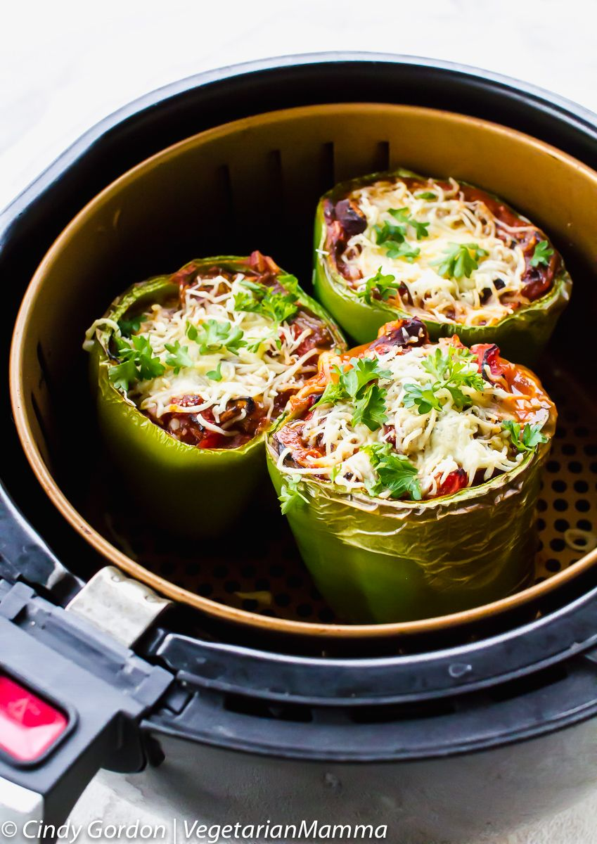 Air Fryer Stuffed Peppers Vegetarian Pictured In Basket Air Fryer Recipes Stuffed Peppers Air Fryer Recipes Healthy