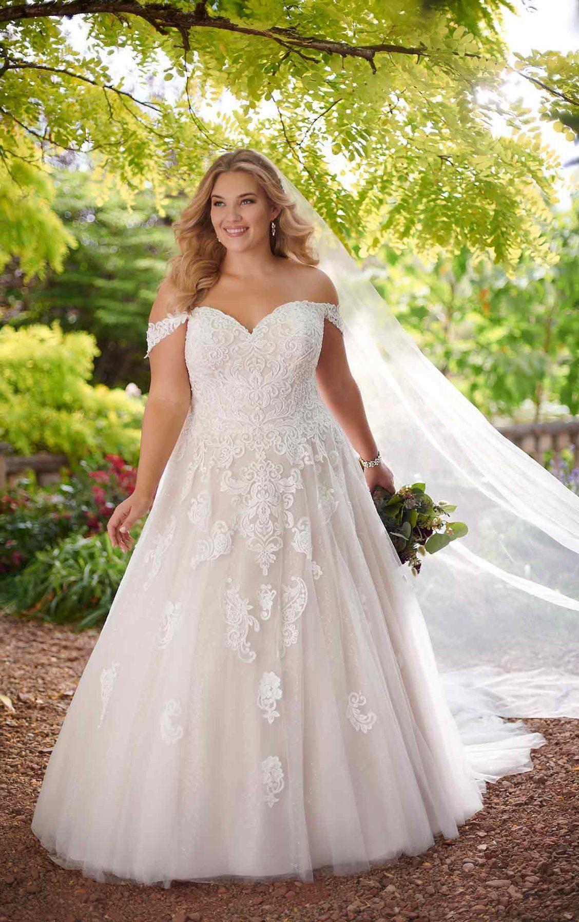D2605 Lace Ballgown Plus Size Wedding Dress By Essense Of Australia Ball Gowns Wedding Wedding Dresses Lace Ballgown Wedding Dress Inspiration [ 1796 x 1128 Pixel ]