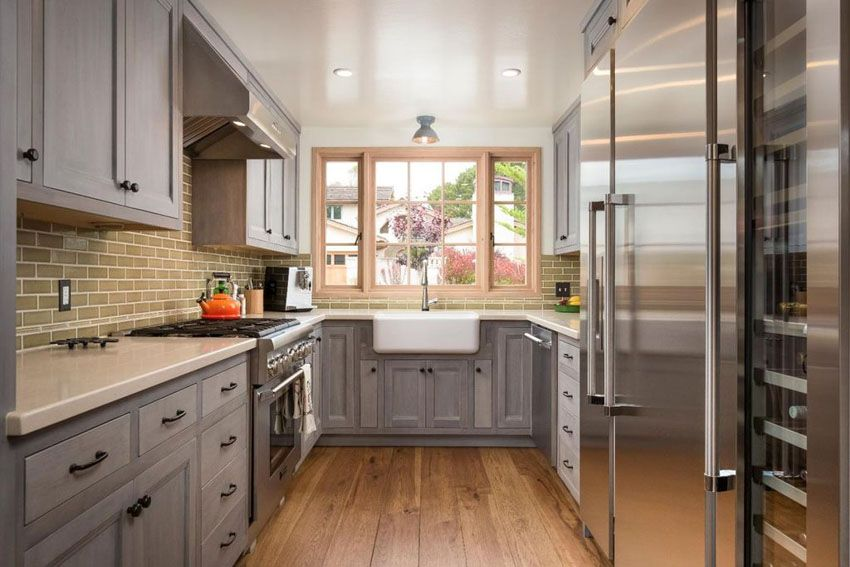 23 Small Galley Kitchens Design Ideas Small Galley Kitchens Galley Kitchen Design Kitchen Design