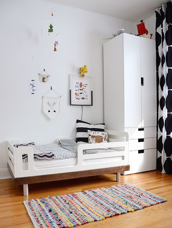 Best Black And White Modern Toddler Bedroom Børneværelse 400 x 300