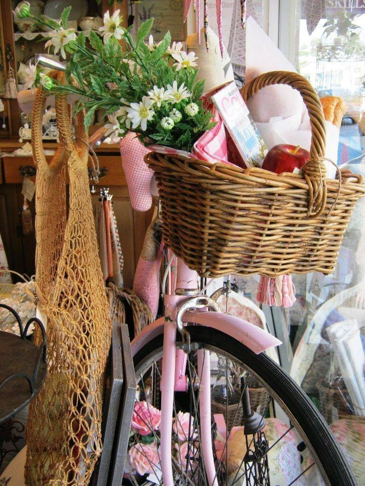 Pin By Christine Stalder On Daisy Dew Cottage Bicycle Decor Old Bicycle Pink Bicycle