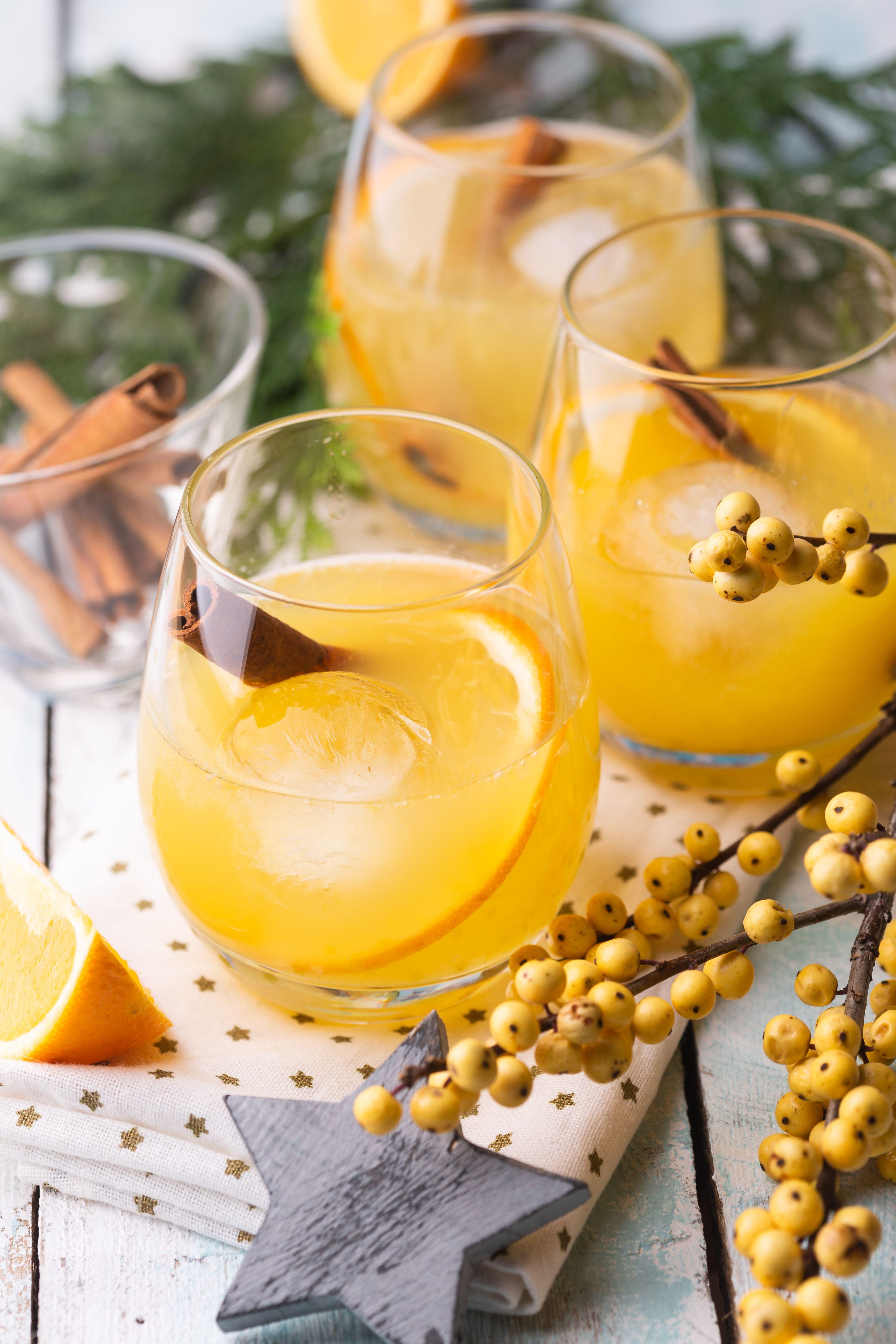 Orange Pineapple Cocktail كوكتيل البرتقال والأناناس Pineapple Cocktail Foodie Inspiration Pineapple Juice