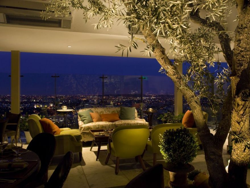 A Peek Inside Soho House West Hollywood - Design by Waldo Fernandez {Membership required} Soho House was founded in London, in 1995, as a private members' club for those in film, media and creative industries.