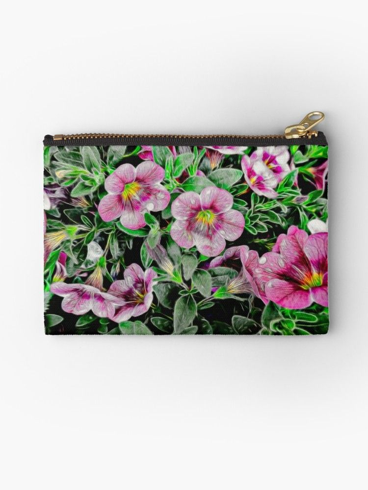 Perennials  #happy #friends #petunia happy tree friends petunia, trailing petunias, petunias cuidados, petunia tower, petunias in pots planters, pruni…