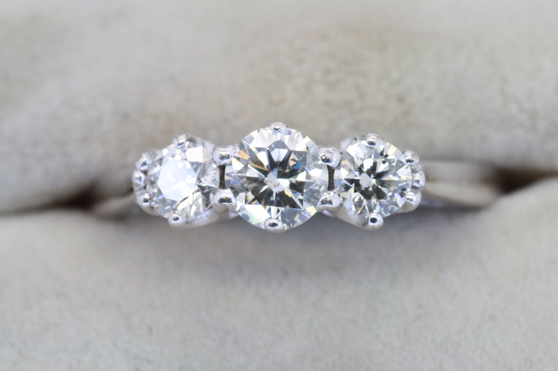 If your looking for an unusual Engagement ring, visit the ...