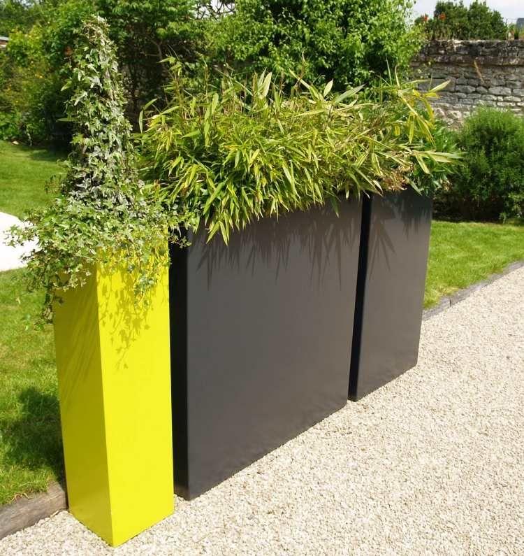 Jardinière design en fibre-ciment u2013 brise-vue vert sur le balcon Spa - amenagement jardin avec spa