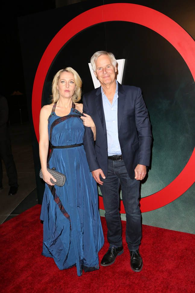 Gillian Anderson and David Duchovny X-Files Los Angeles premiere|Lainey Gossip Entertainment Update