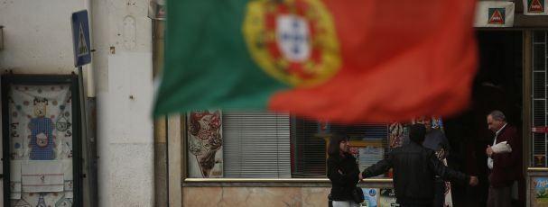 Quase metade dos portugueses vive à custa da Segurança Social