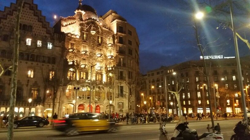 Passeig De Gràcia Street View Landmarks Gracia