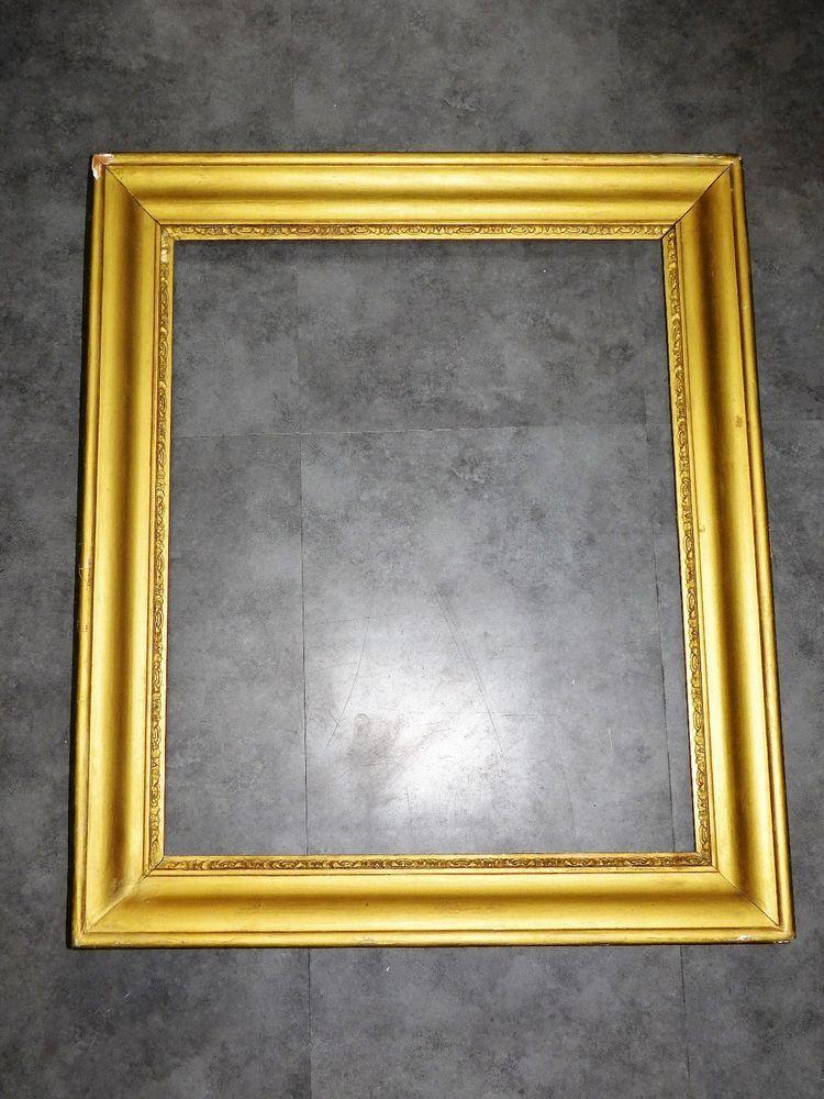 grand cadre ancien en bois stuc dore montage a clef 57cmx66 5cm cadr611 le charme des cadres. Black Bedroom Furniture Sets. Home Design Ideas