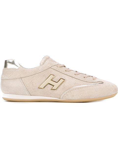 HOGAN Lace-Up Sneakers. #hogan #shoes #flats