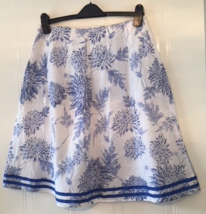 960cf0103 BNWOT Stunning skirt by SOON at MATALAN in a Size 12 #fashion #clothing  #shoes #accessories #womensclothing #skirts (ebay link)