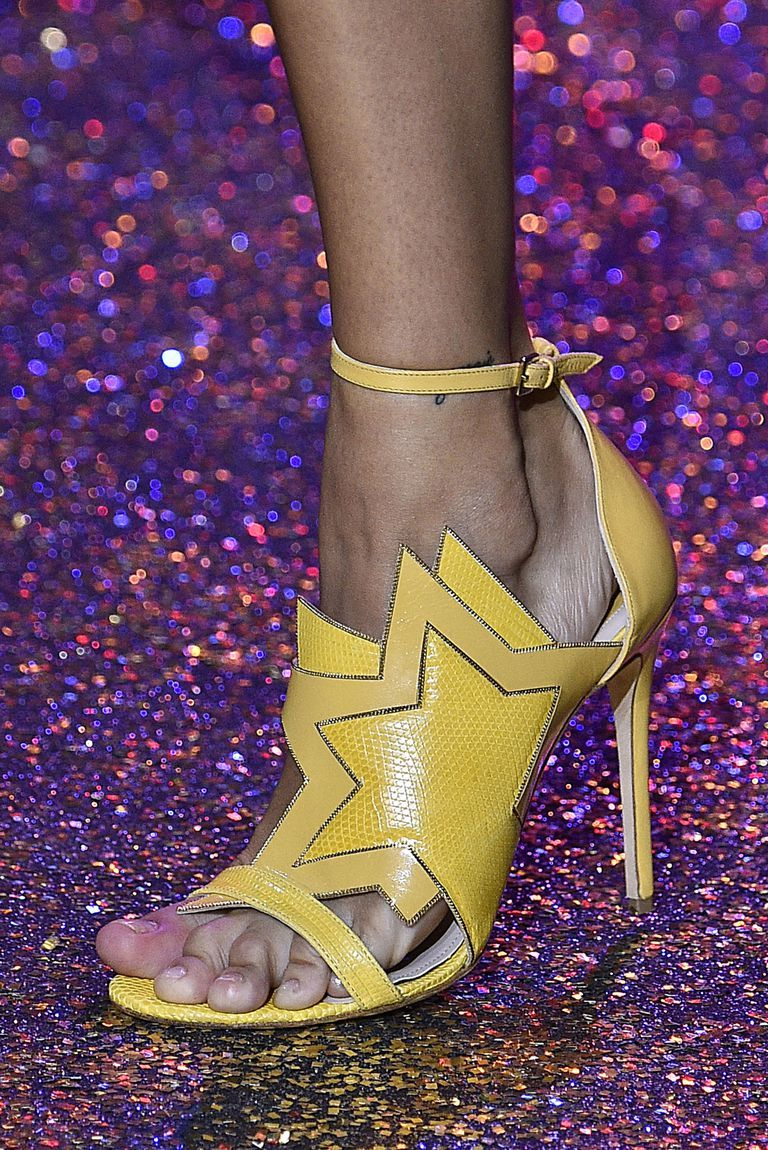 153 Memorable Pairs of Shoes from Fashion Month Zapatos