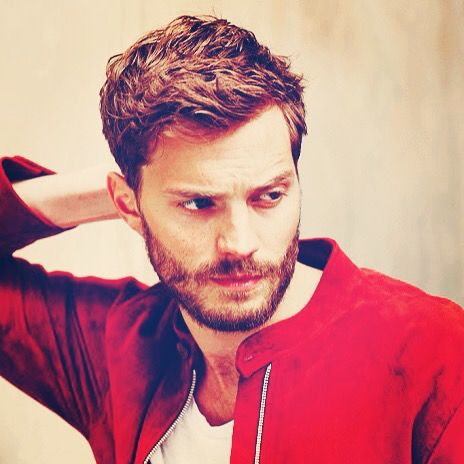 Pondering his good looks. | instagram: @everythingjamiedornan & twitter: @everything_jd