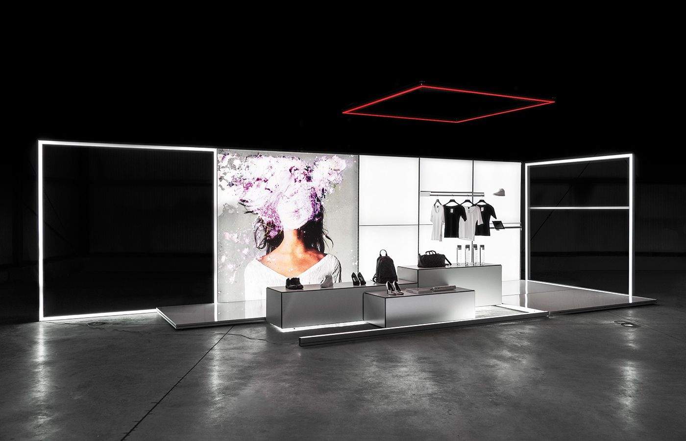 Exhibition Shop Design Mobile Led Light Walls And Frames Modulap System Fur Visuelle Kommunikation Leicht Messestand Design Messestand Messestandgestaltung