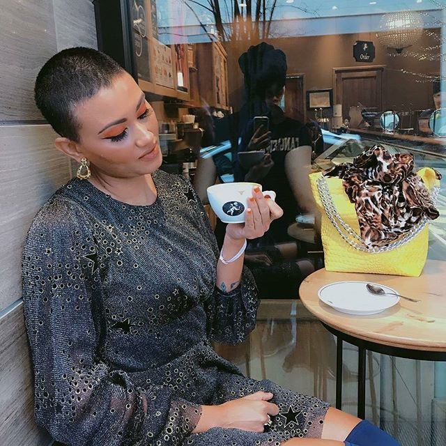 Short cuts and coffee.  from @rrosegoldalexis -  The way I look at coffee  #amorinogelato #riveroaksdistrict #naturalblackcoffee #houseofsillage #designerlife #fashiondesigner #creativedirector #blueeverything #atelieralexis #louboutinnails - #regrann