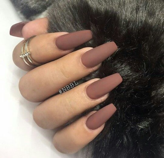 Brown Acrylic Coffin Matte Nails I Currently Have This Color But Not In Matte Love It Matte Nails Design Gorgeous Nails Pretty Nails