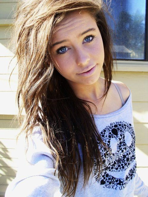 pix for gt teenage girl with brown hair and blue eyes