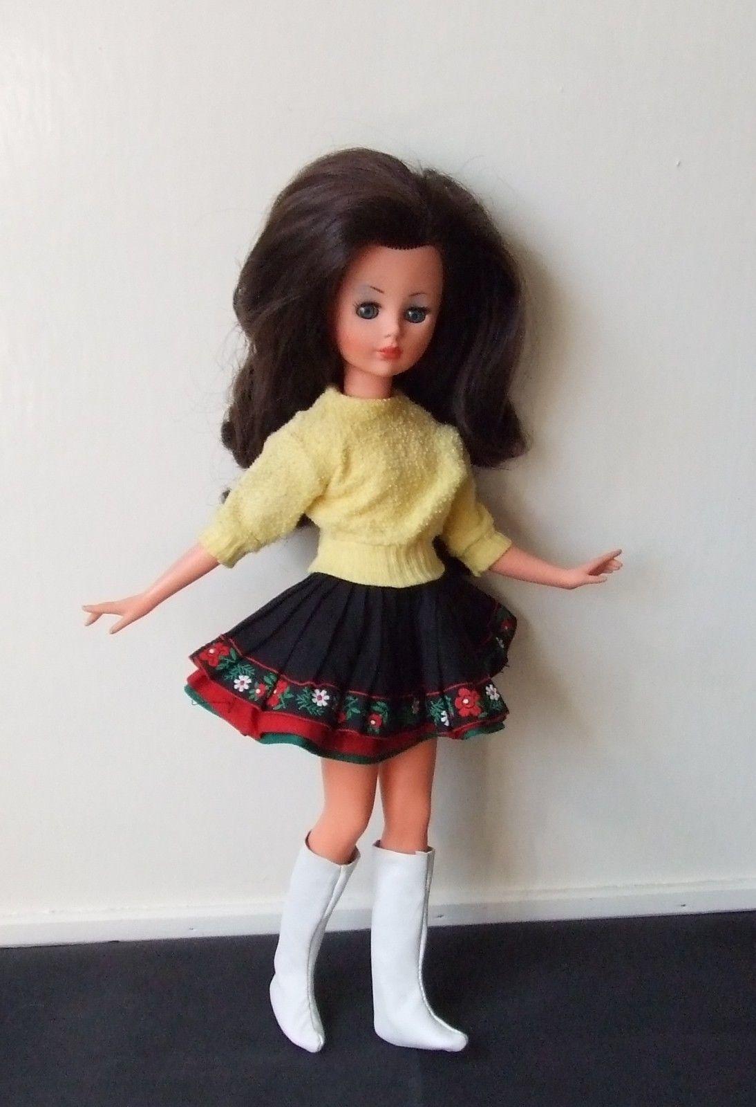 """Italian 1965 Vintage Italocremona """"CORINNE"""" Doll  28+3.8"""