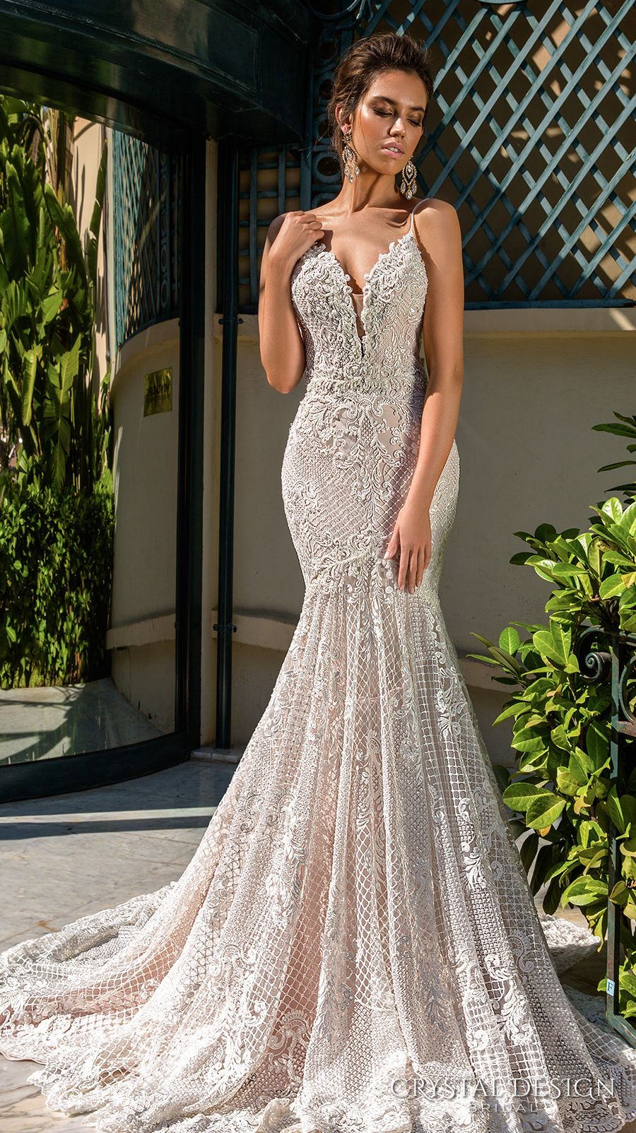 Sexy back with crystals wedding dresses
