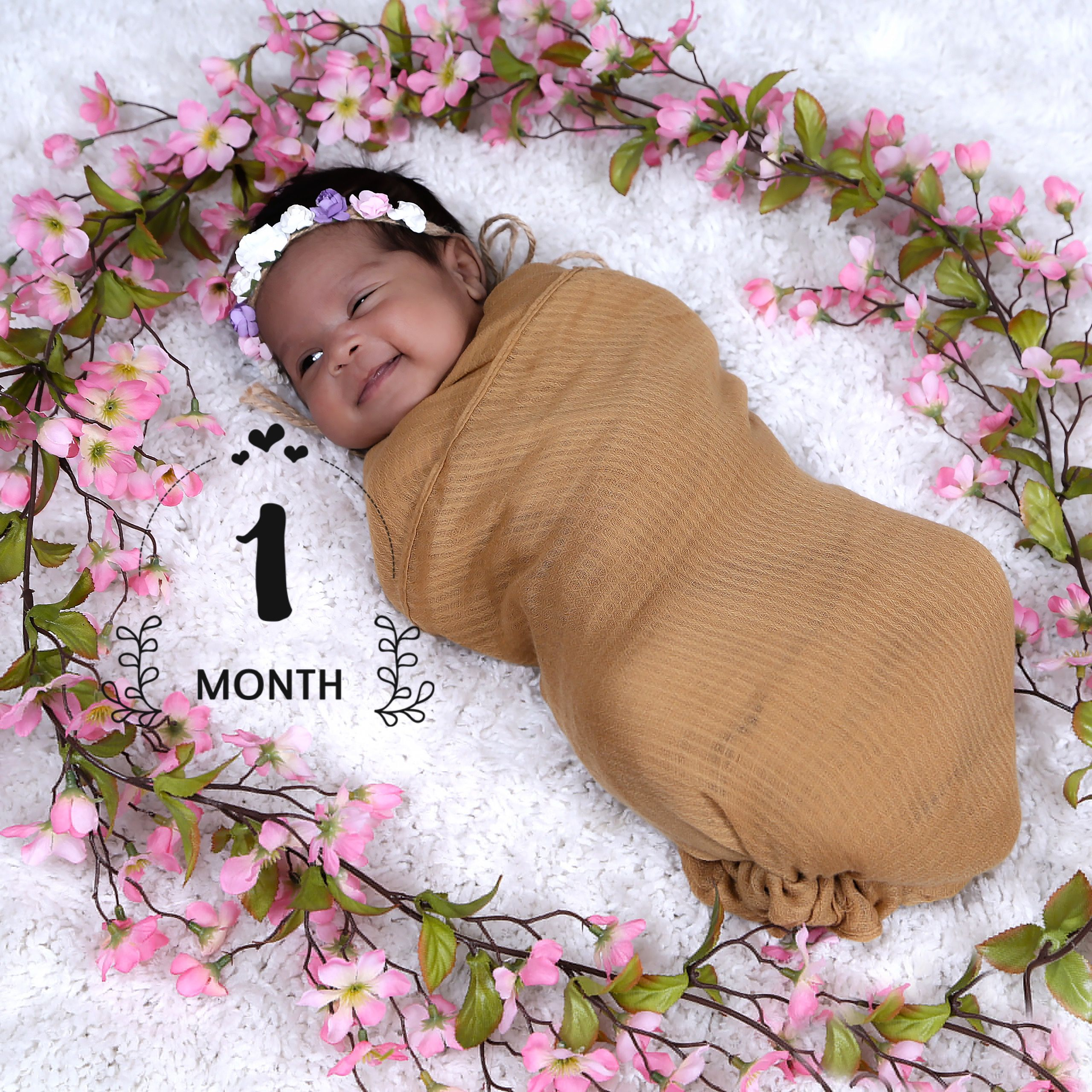 My sweet baby girl photo shoot 1 month old 1month babygirl photoshhot girl newborn