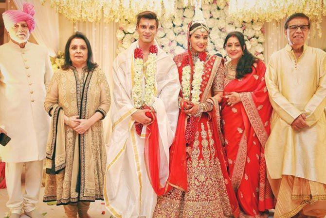 Pin On Bollywood Weddings