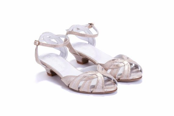 SALE 15% off Womens Gold Strappy Sandals  di OliveThomasShoes