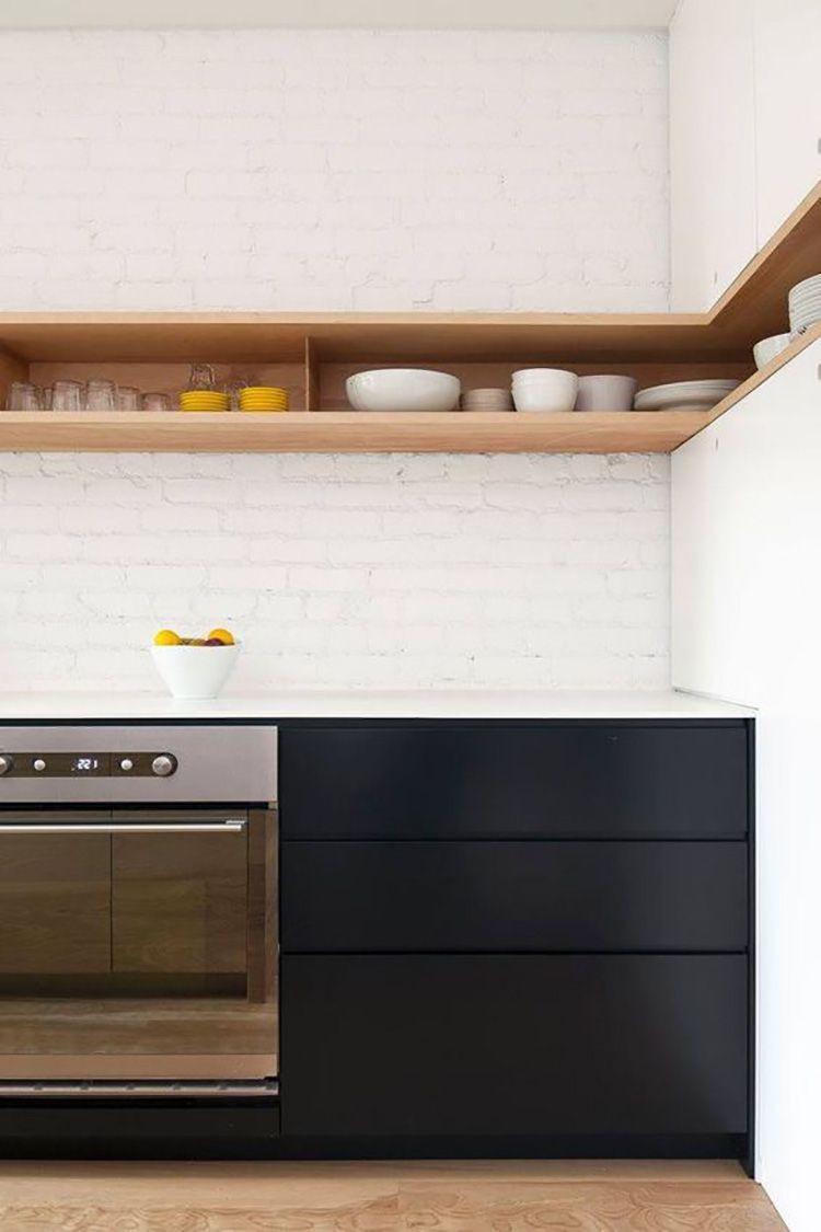 Cucina tutto a vista mensole consigli pratici cappa | KITCHEN ...