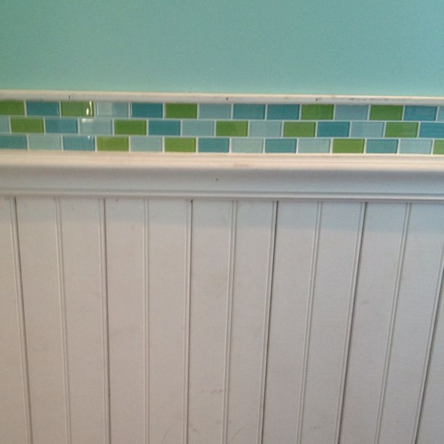 Beadboard Over Tile In Bathroom: Bead Board With Glass Tile Accent.