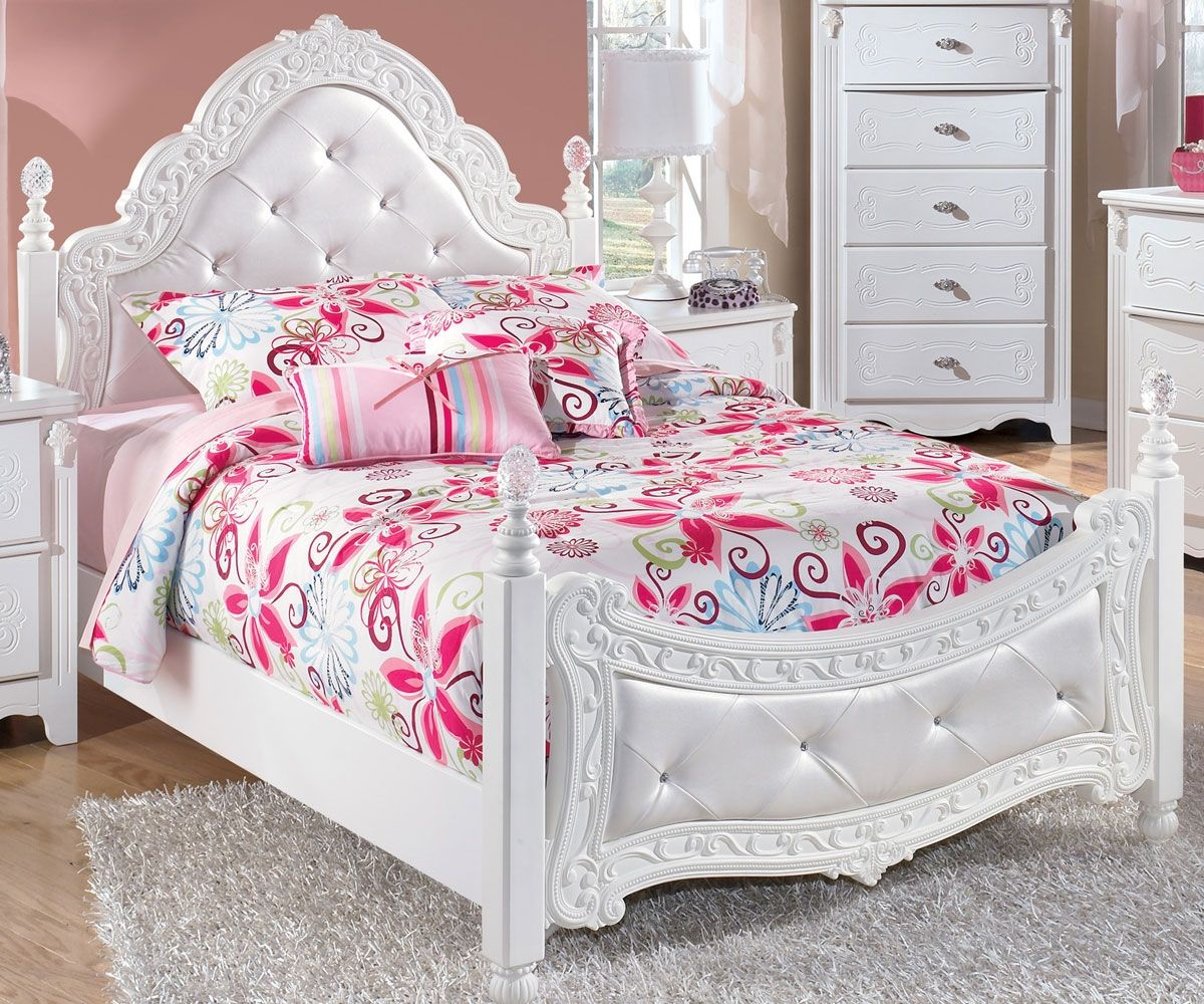 Girly Bedroom Furniture Uk: Exquisite Full Size Poster Bed By Ashley Furniture White