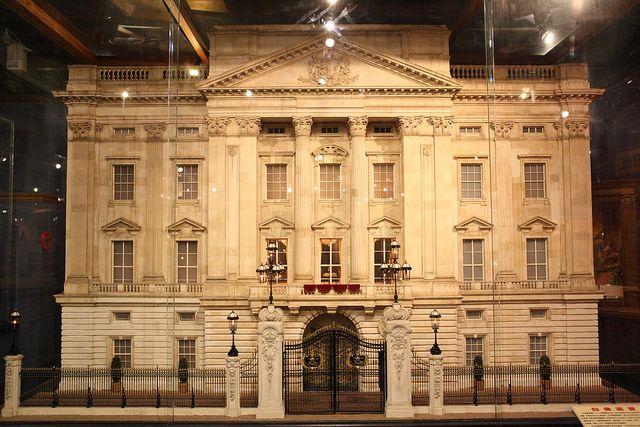 Buckingham Palace   Flickr - Photo Sharing!
