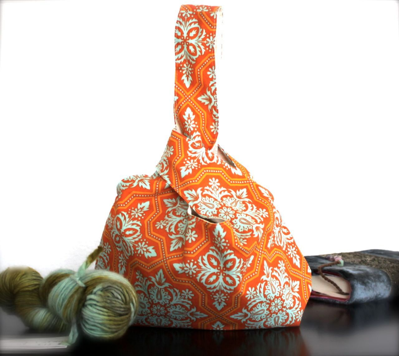 New Improved Project Pouch - Knitting Bag - Cosmetics - Travel - self closing - Wristlet. $22,00, via Etsy.