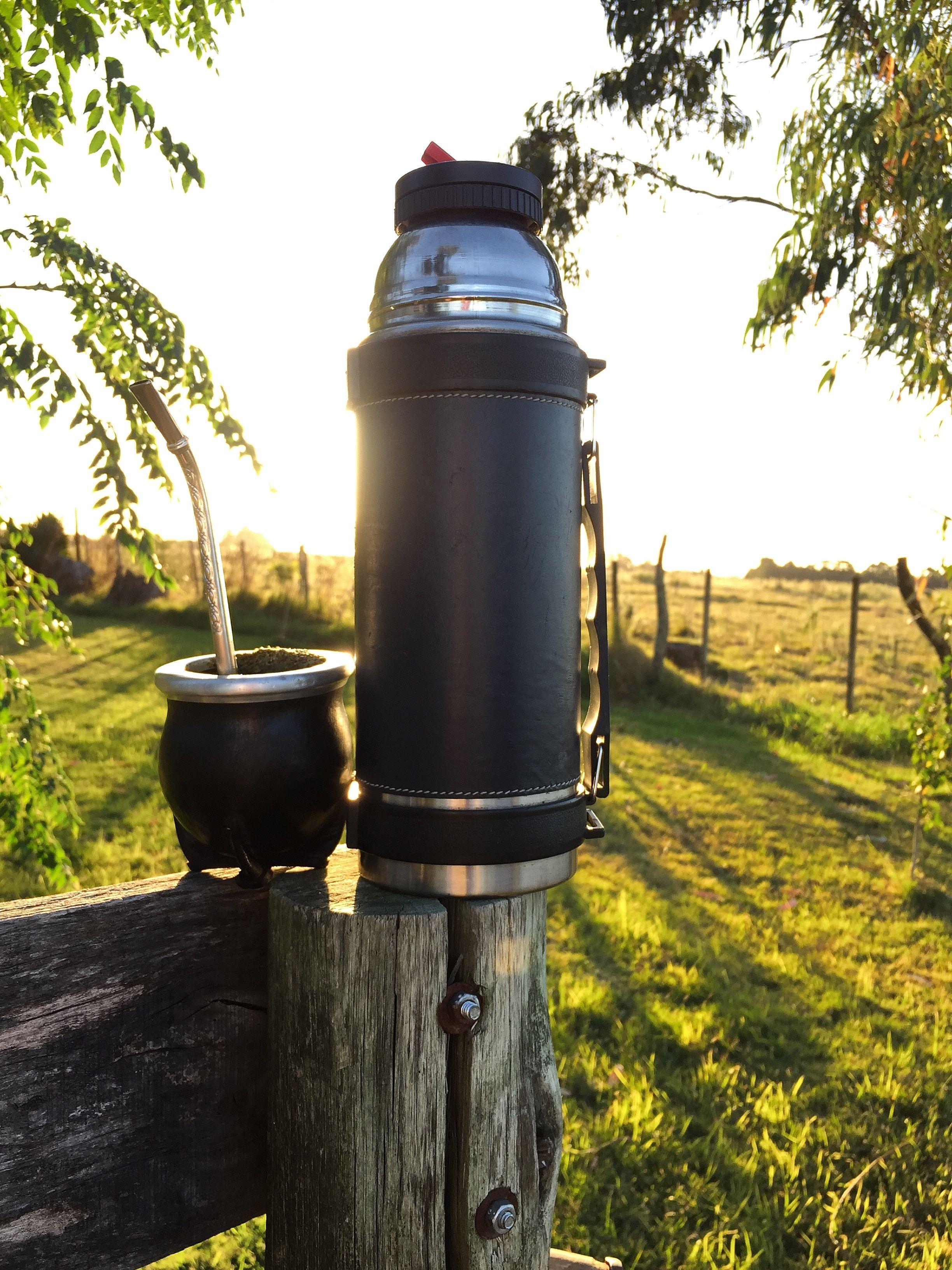 Termo Y Mate Cultura Uruguaya Fotos De Campos Fotos Atardecer Paisaje Rural