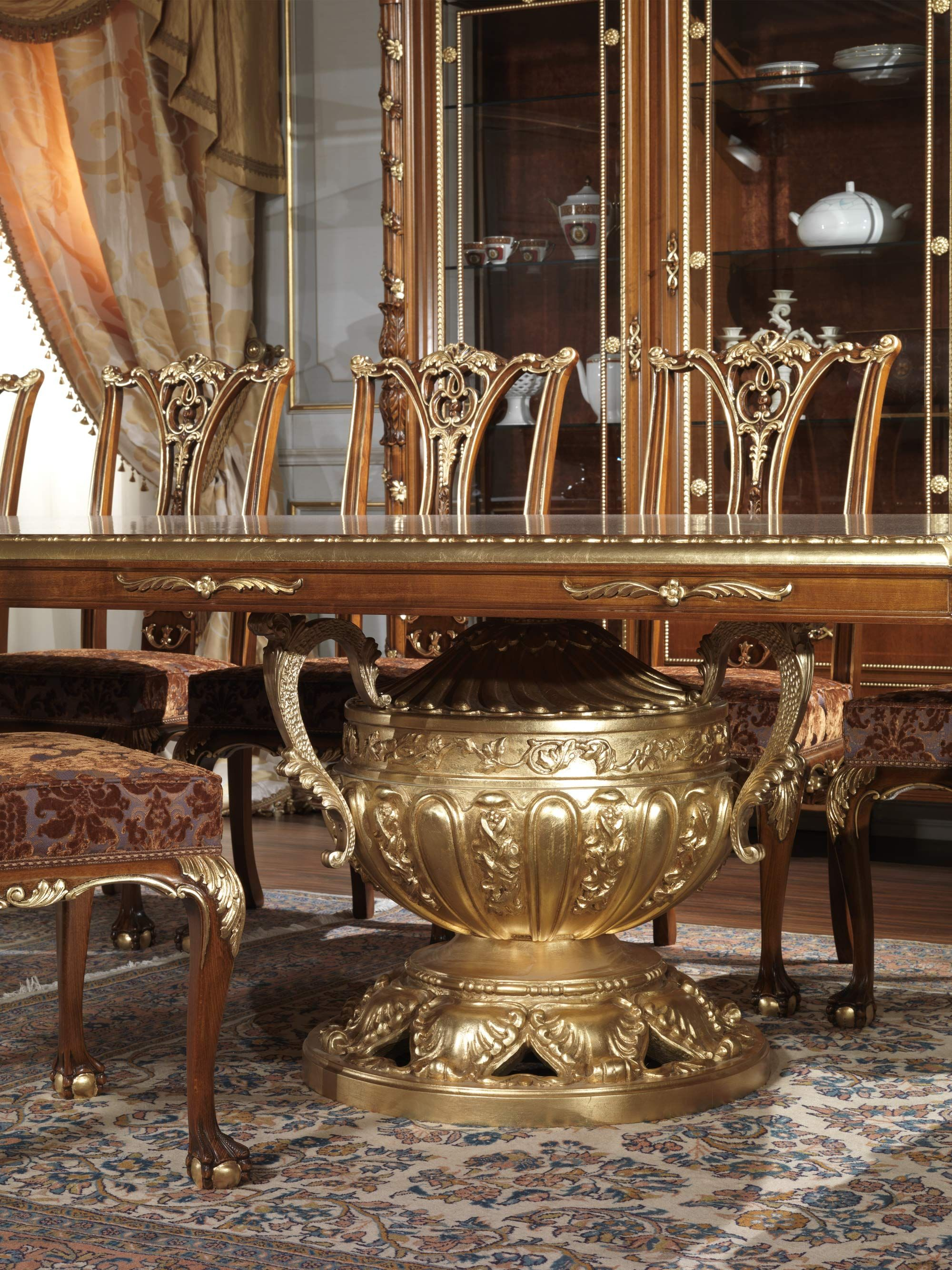 Classic Dining Rooms In Style Louis XV XVI Maggiolini And 800 French With Carvings Inlaid Gildings Entirely Made Italy