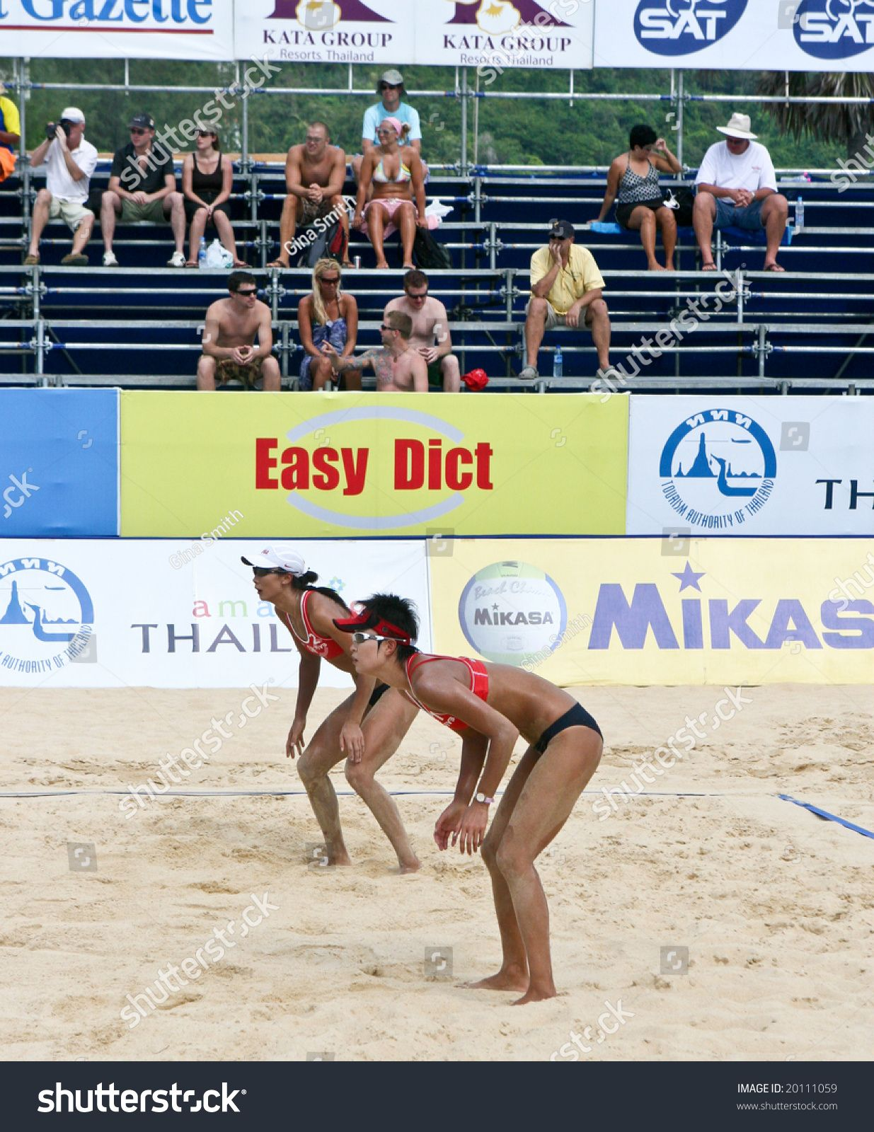 Phuket November 6 Chinese Volleyball Players Wang Zuo Compete In The Swatch Fivb Beach Volleyball World In 2020 Boys Playing Fivb Beach Volleyball Games To Play