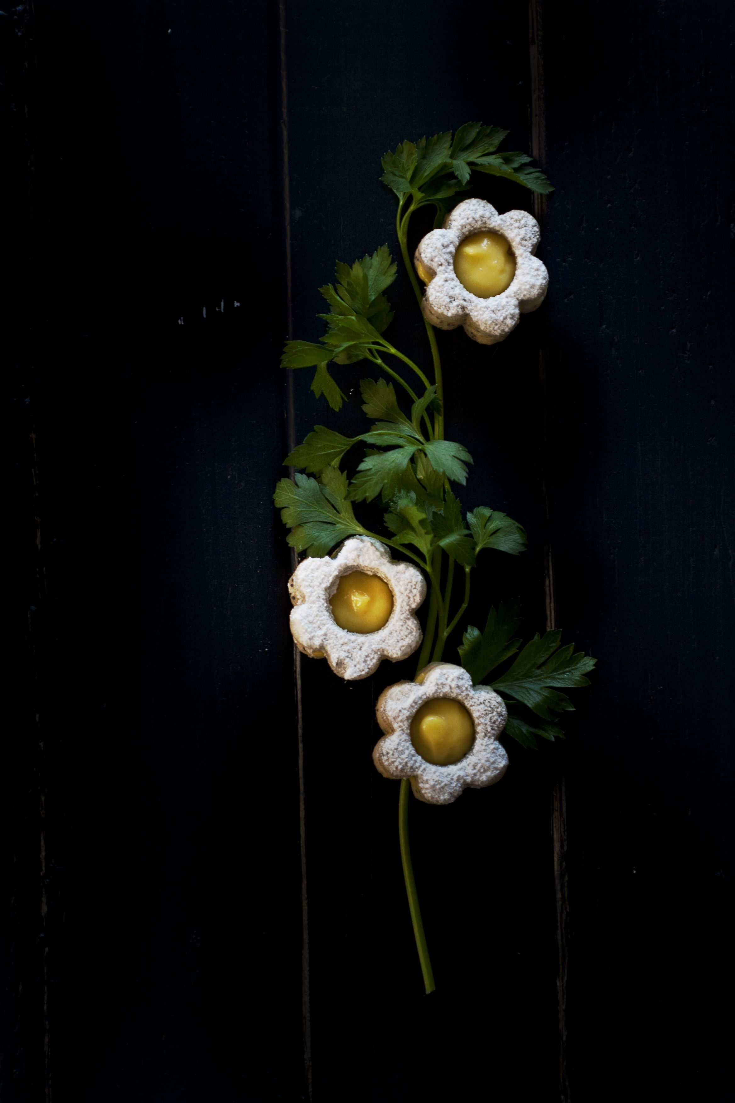 Lemon Poppyseed Daisy Linzers | Princess Tofu