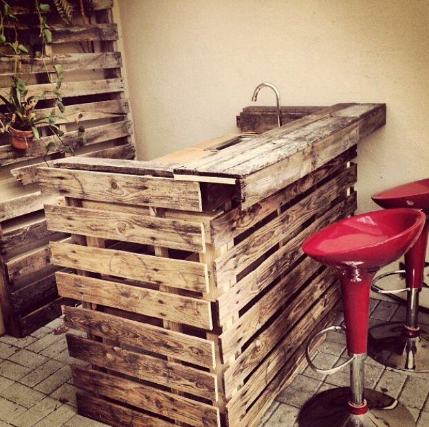 Theke-aus-paletten-bauen | paletten | Pinterest | Bar, Pallets and ...