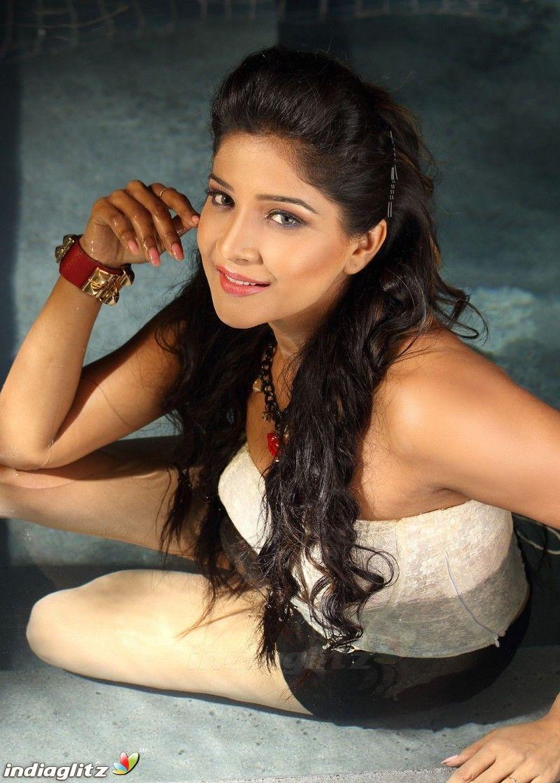 Sakshi Agarwal Tamil actress photos, Actress photos