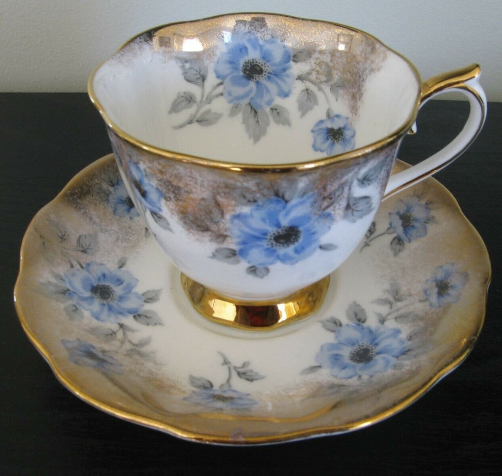 900 Royal Albert Collections Ideas In 2021 Modern Teaware Royal Albert Tableware Collection