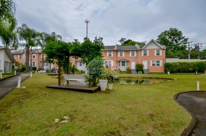 - Casa em condomínio fechado no Ecoville. - Imóvel desocupado, área de 138,96 m². - Por apenas R$595.000,00.