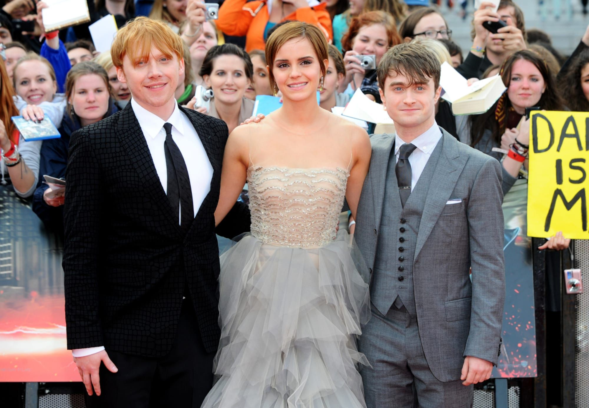 All Eight Harry Potter Movies Will Come To Peacock In 2020 Netflixmovies Harry Potter Movies Eight Movie Movies