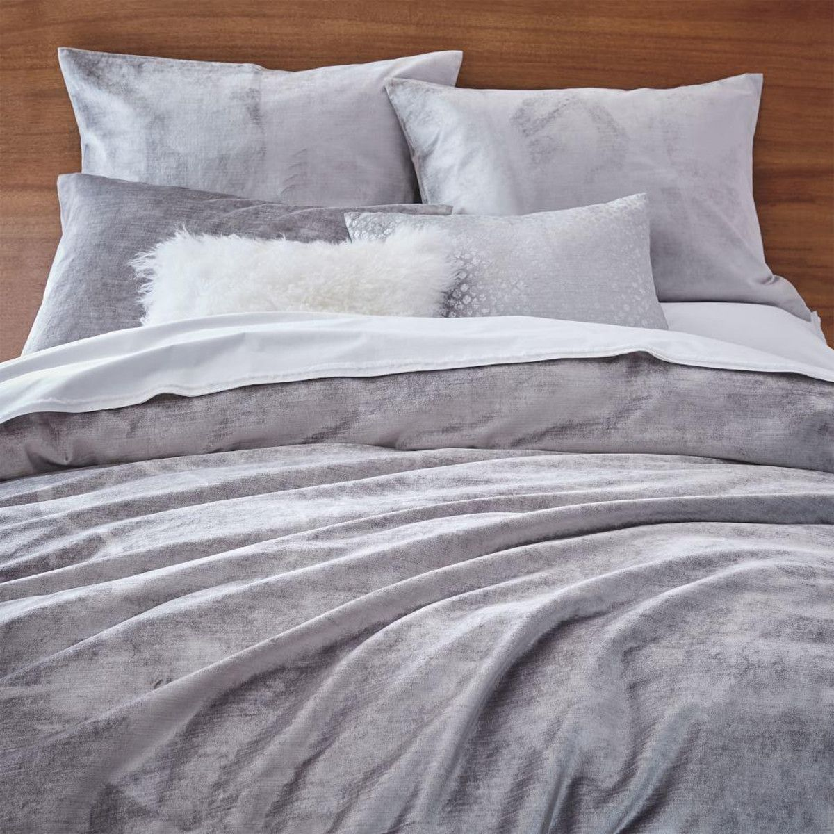 silver bela casa crushed chic velvet cover products home crushvelqssil dubai duvet