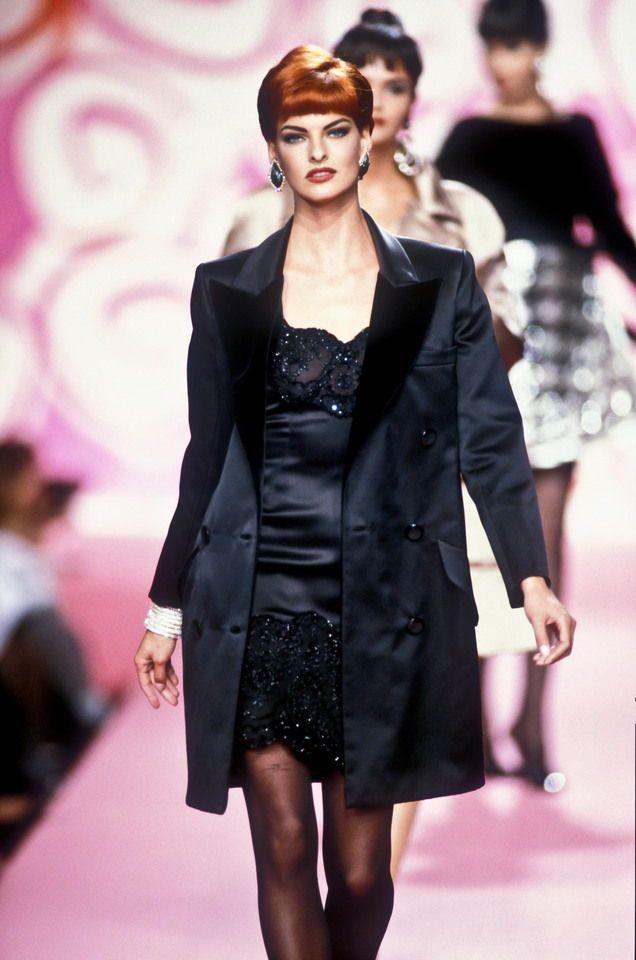 Valentino HC F/W 1991 Model: Linda Evangelista